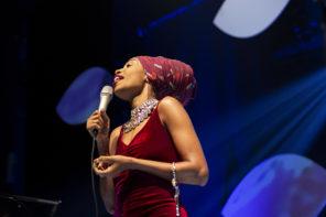 В Джаза: Jazzmeia Horn