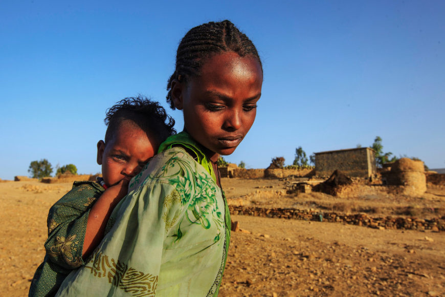 Siblings-in-the-countryside-in-the-Enderta-area,-Tigray,-Ethiopia